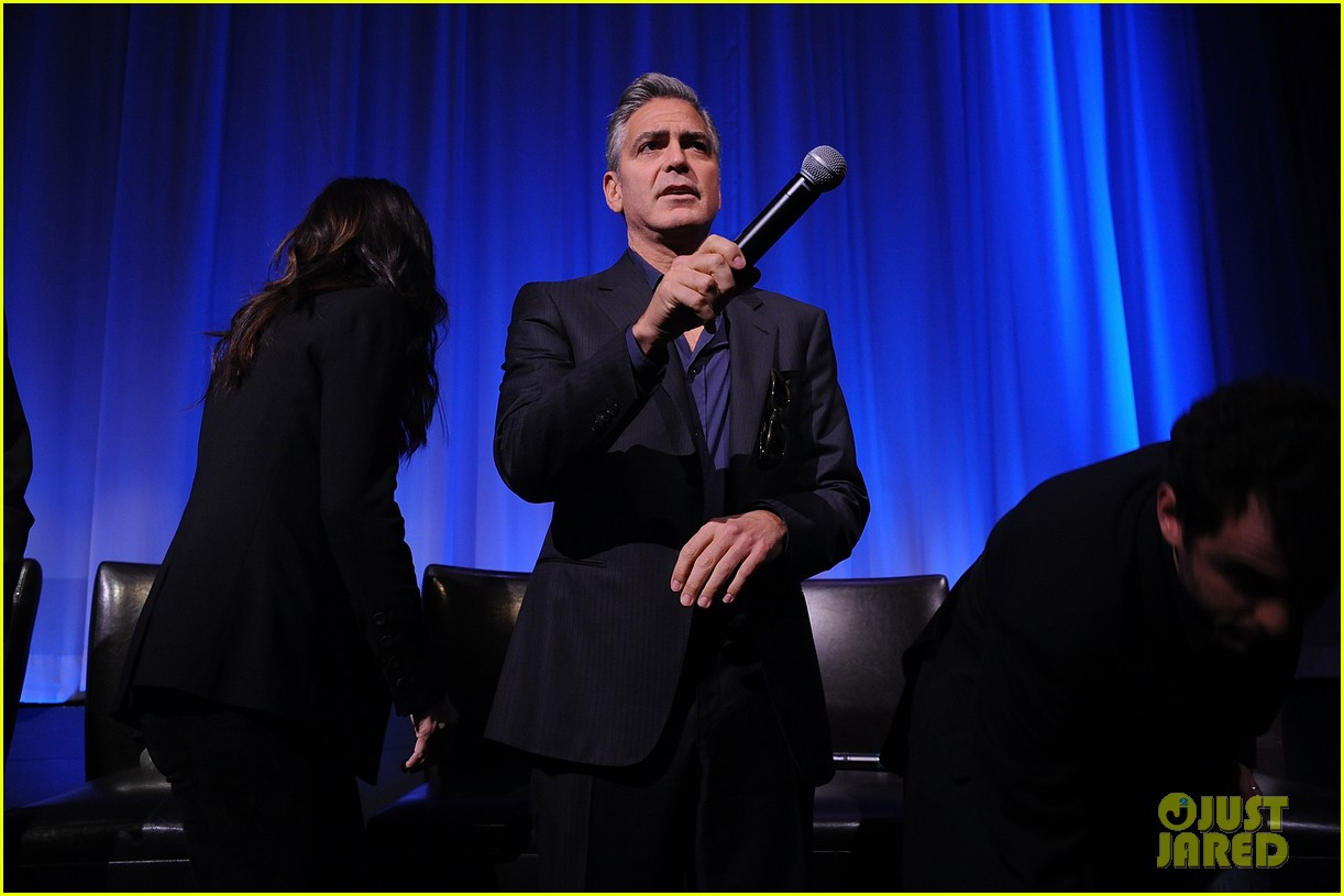 george clooney reveals why he wont date sandra bullock 07