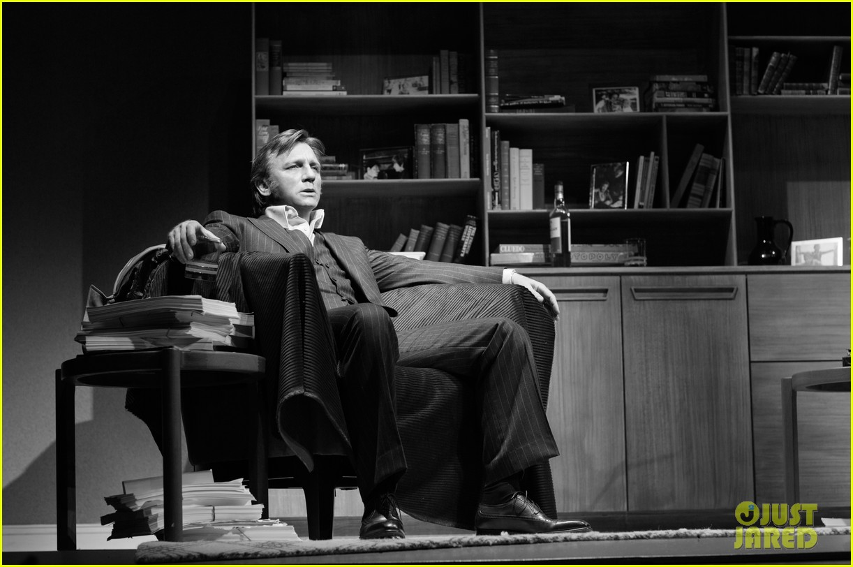 daniel craig rachel weisz betrayal production photos 032980956