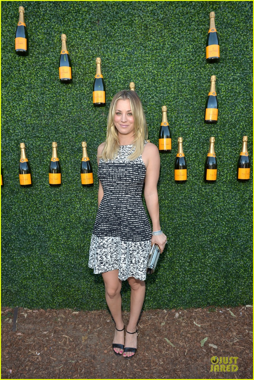 kaley cuoco ryan sweeting veuve clicquot polo classic kiss 15