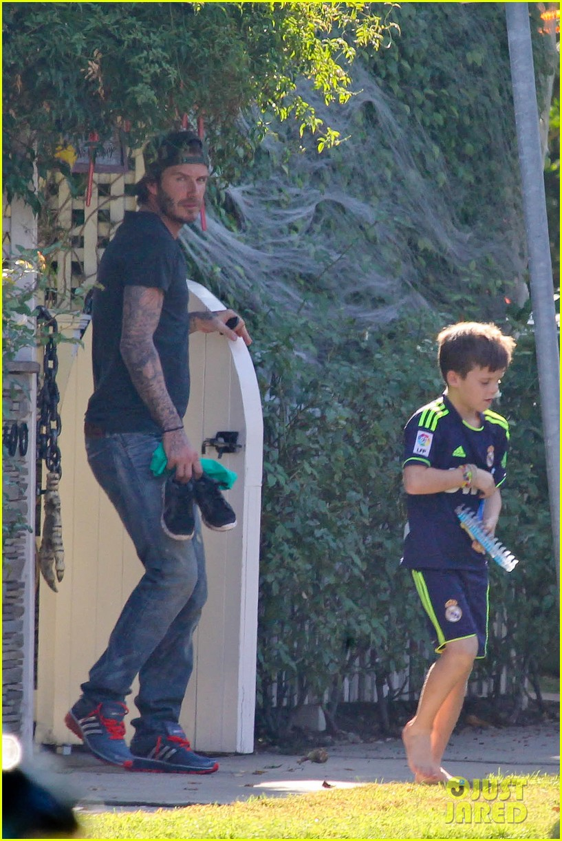 david beckham sunday soccer practice cruz 02