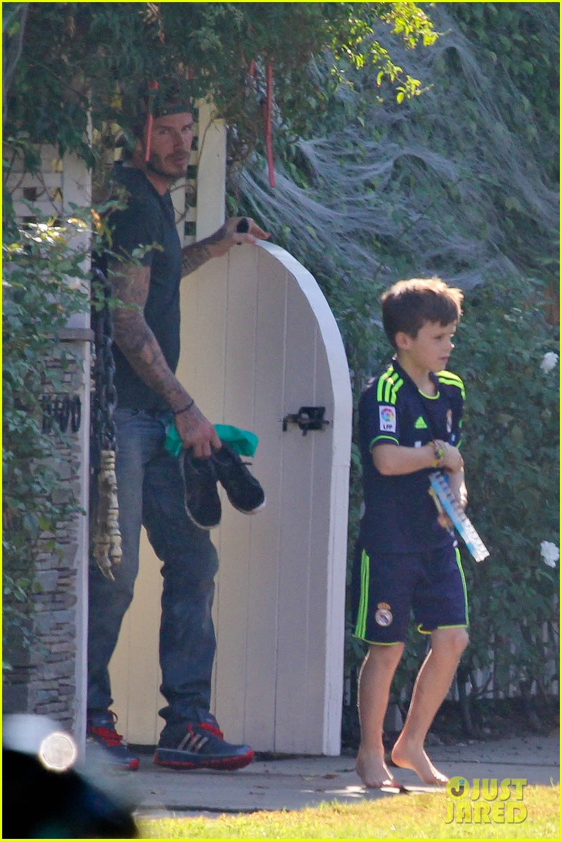 david beckham sunday soccer practice cruz 042975764