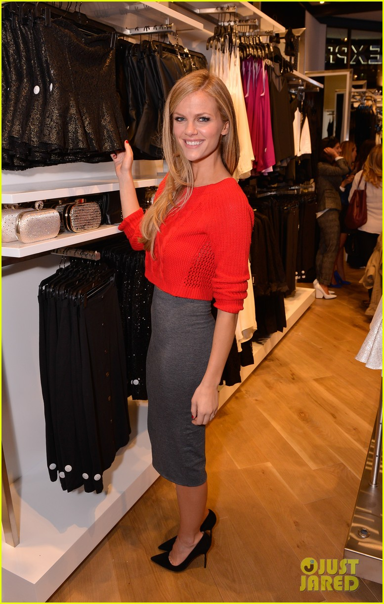 brooklyn decker express union square grand opening 092974332
