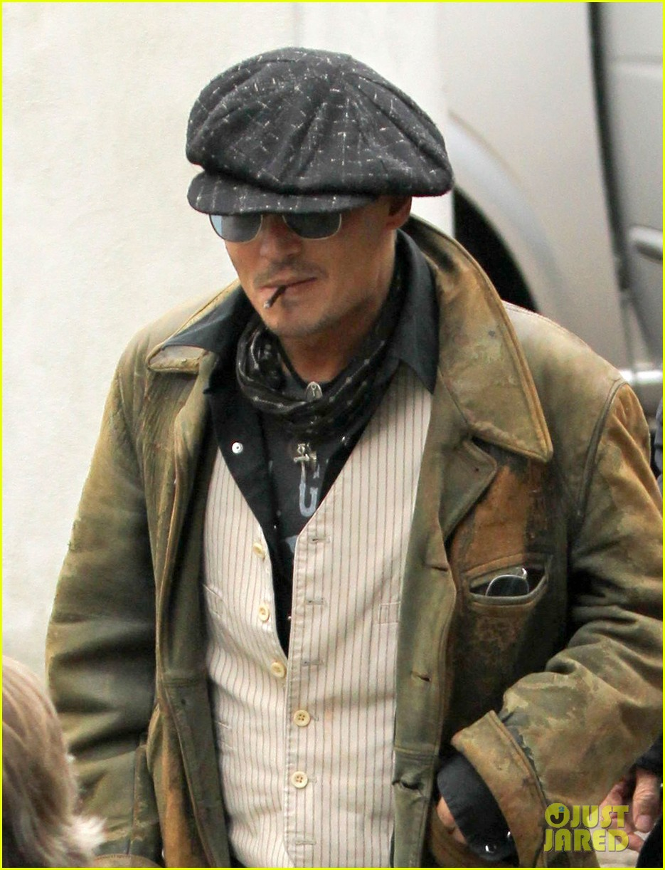 johnny depp sells fox comedy pilot 022963916