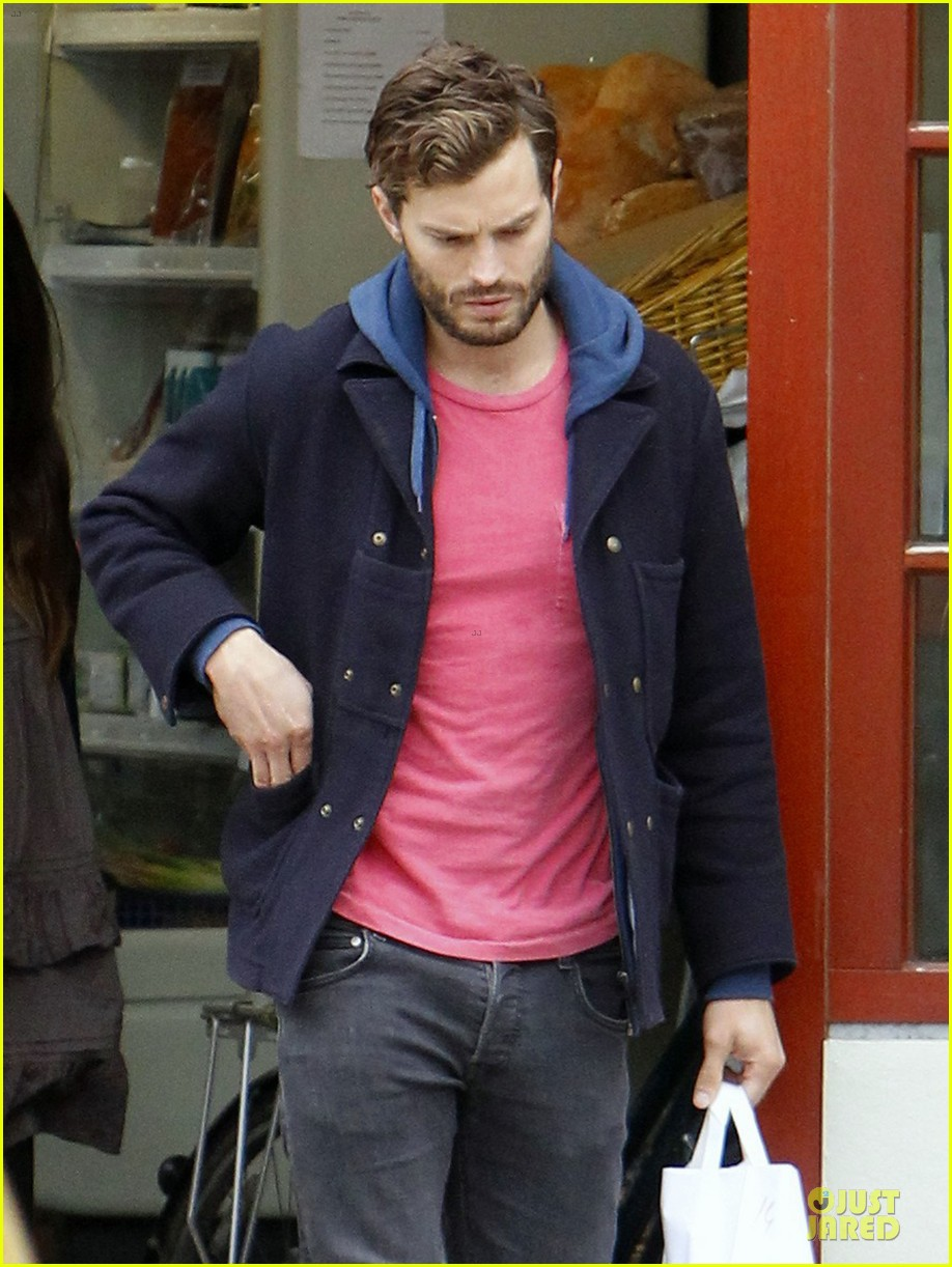 jamie dornan steps out after fifty shades of grey casting 04