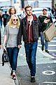 dakota fanning jamie strachan hold hands for shopping 02