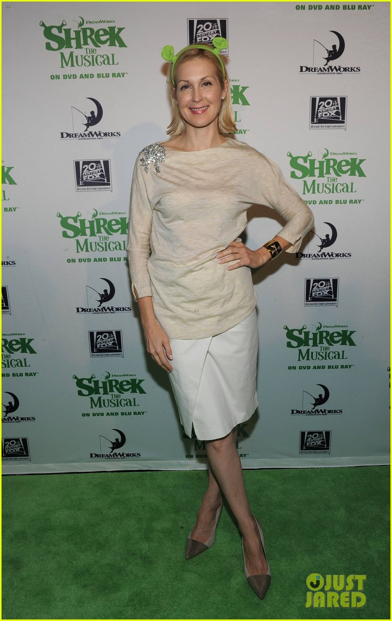 sutton foster launches shrek the musical dvd 112973191