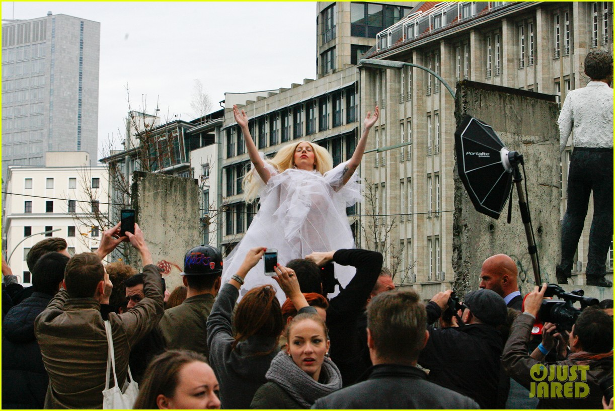 lady gaga naked under sheer cover up at berlin wall 17