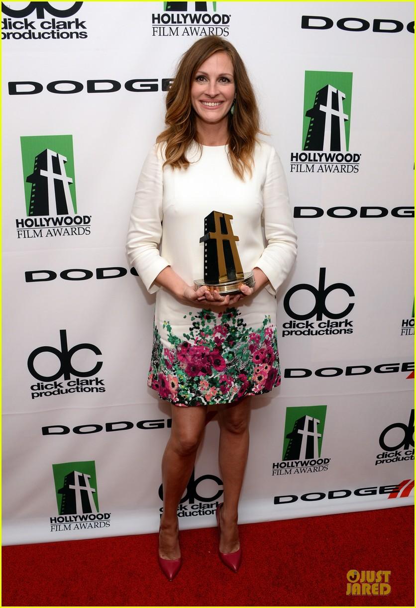 jennifer garner julia roberts hollywood film awards 2013 032976807