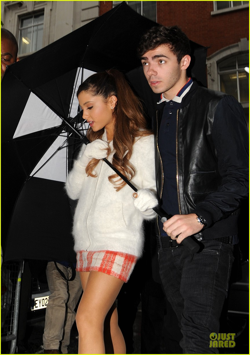 ariana grande nathan sykes battle the rain together 022970339
