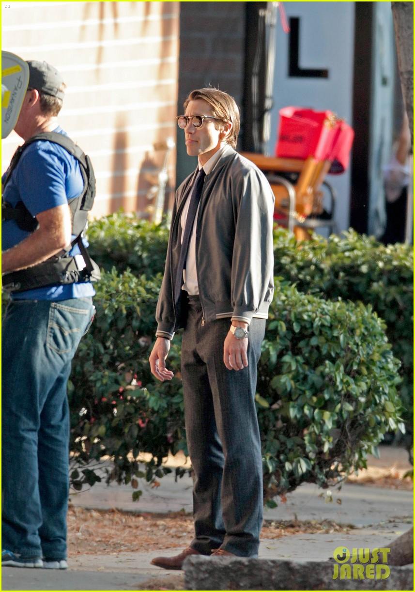 jake gyllenhaal looks slimmed down for nightcrawler shoot 102971610