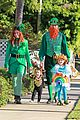 alyson hannigan family leprechaun halloween costume 2013 01
