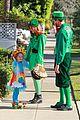 alyson hannigan family leprechaun halloween costume 2013 05