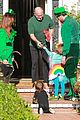 alyson hannigan family leprechaun halloween costume 2013 09