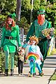 alyson hannigan family leprechaun halloween costume 2013 10