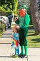 alyson hannigan family leprechaun halloween costume 2013 13