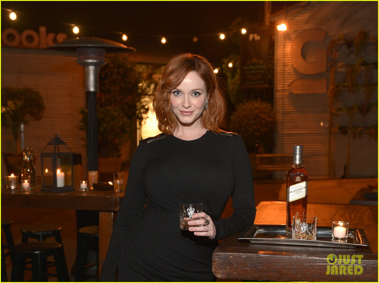 christina hendricks toasts johnny walker platinum 03