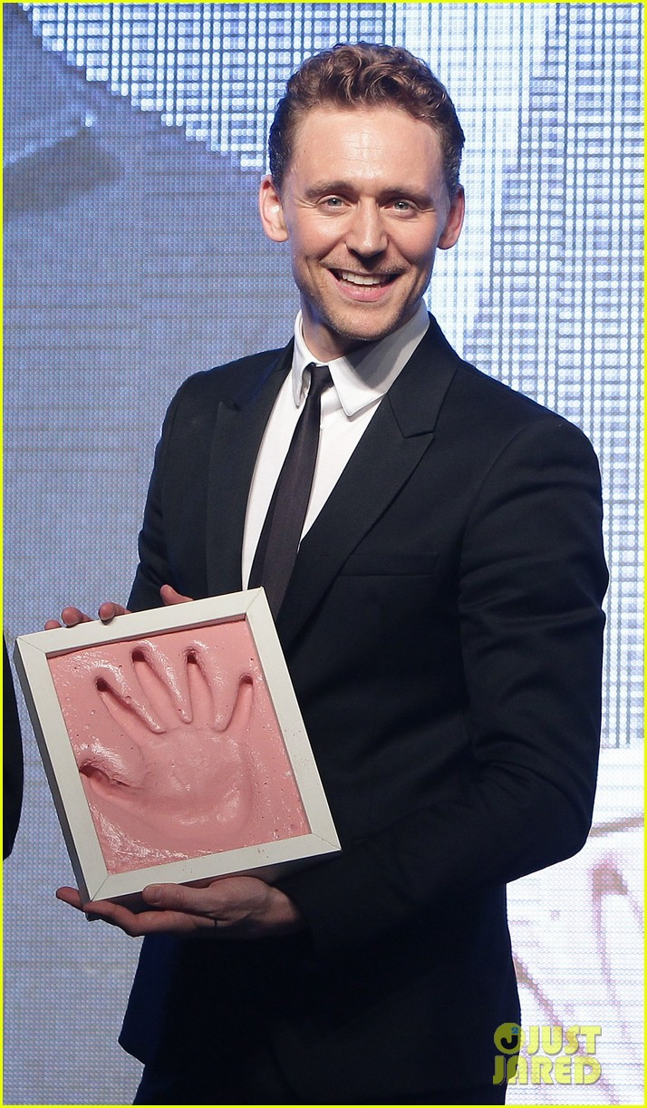 tom hiddleston thor the dark world south korea premiere 02