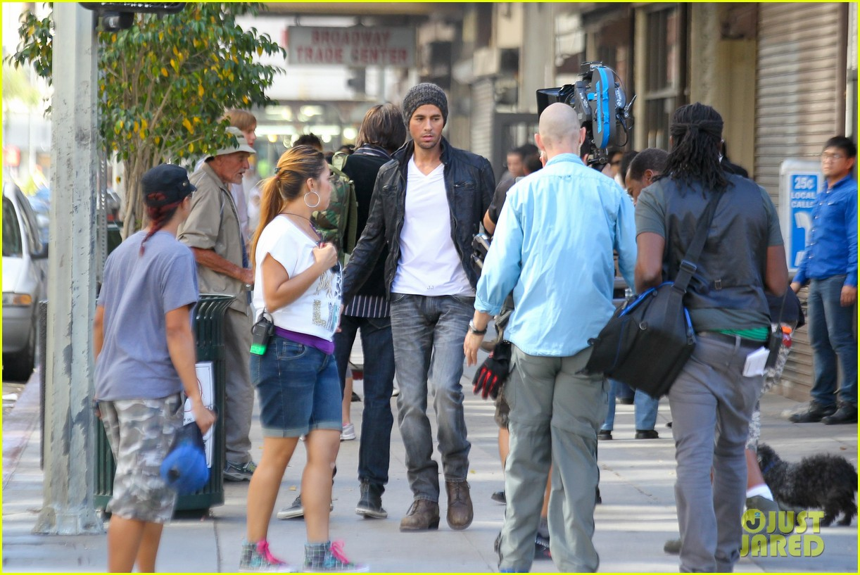 enrique iglesias films heart attack music video 07