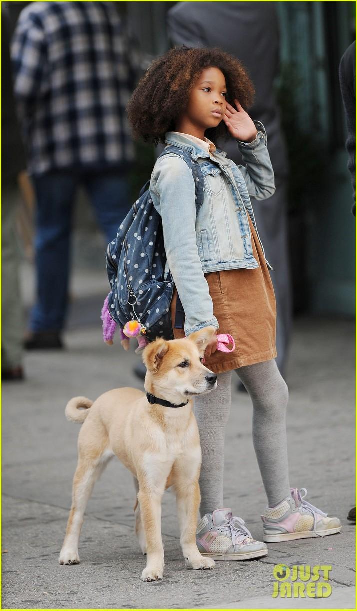 jamie foxx quvenzhane wallis annie filming pup 162971236