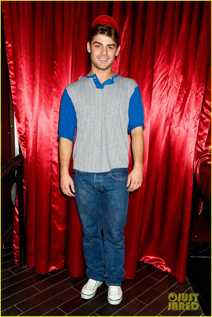 just jared halloween party 2013 recap 32