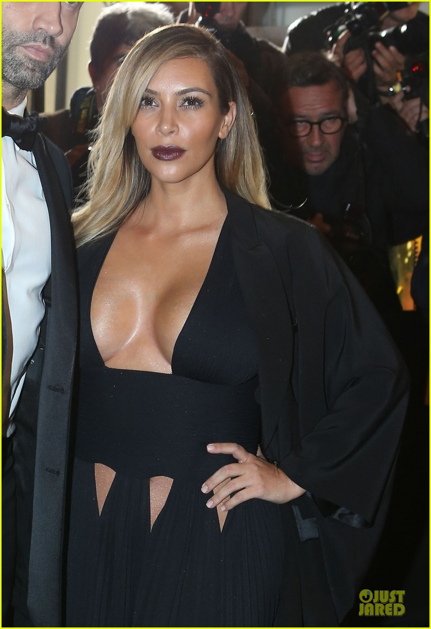 kim kardashian cleavage baring dress at mademoiselle c party 04