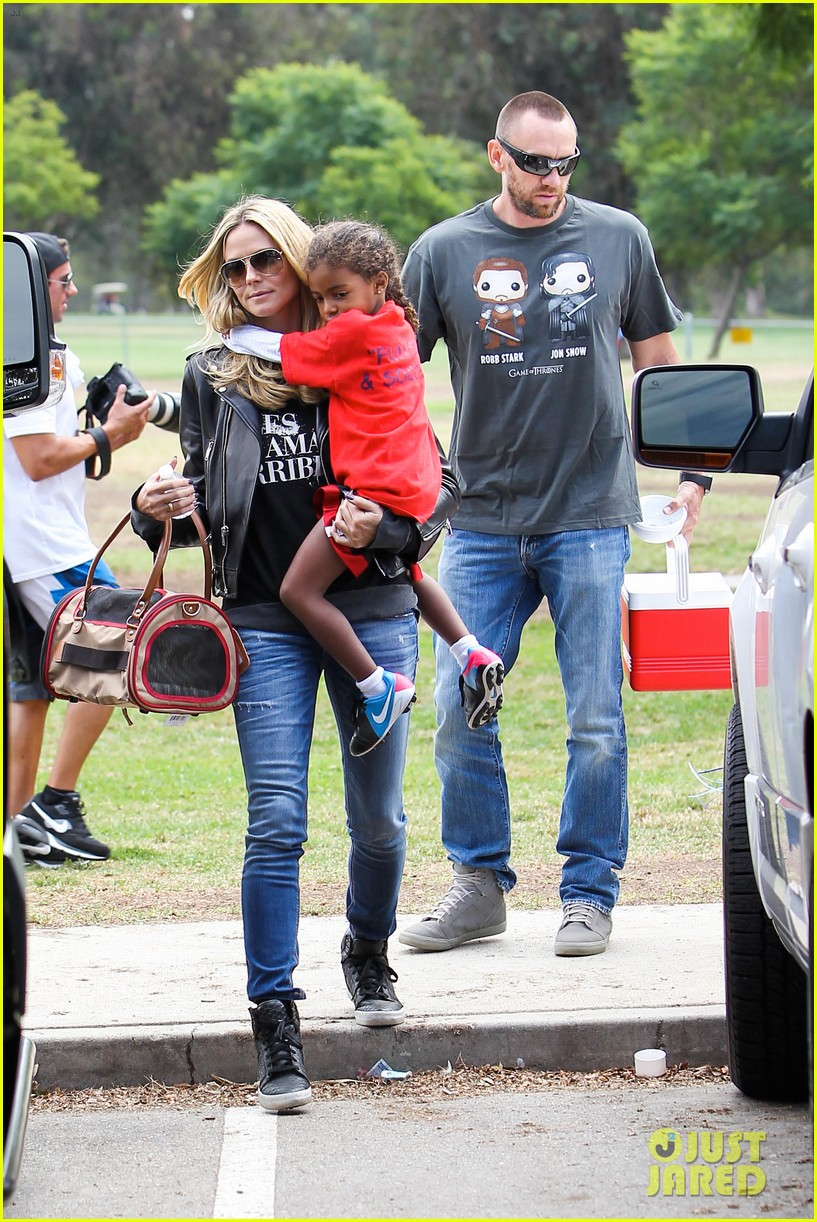 heidi klum reunites with ex husband seal gives him a kiss 102971851
