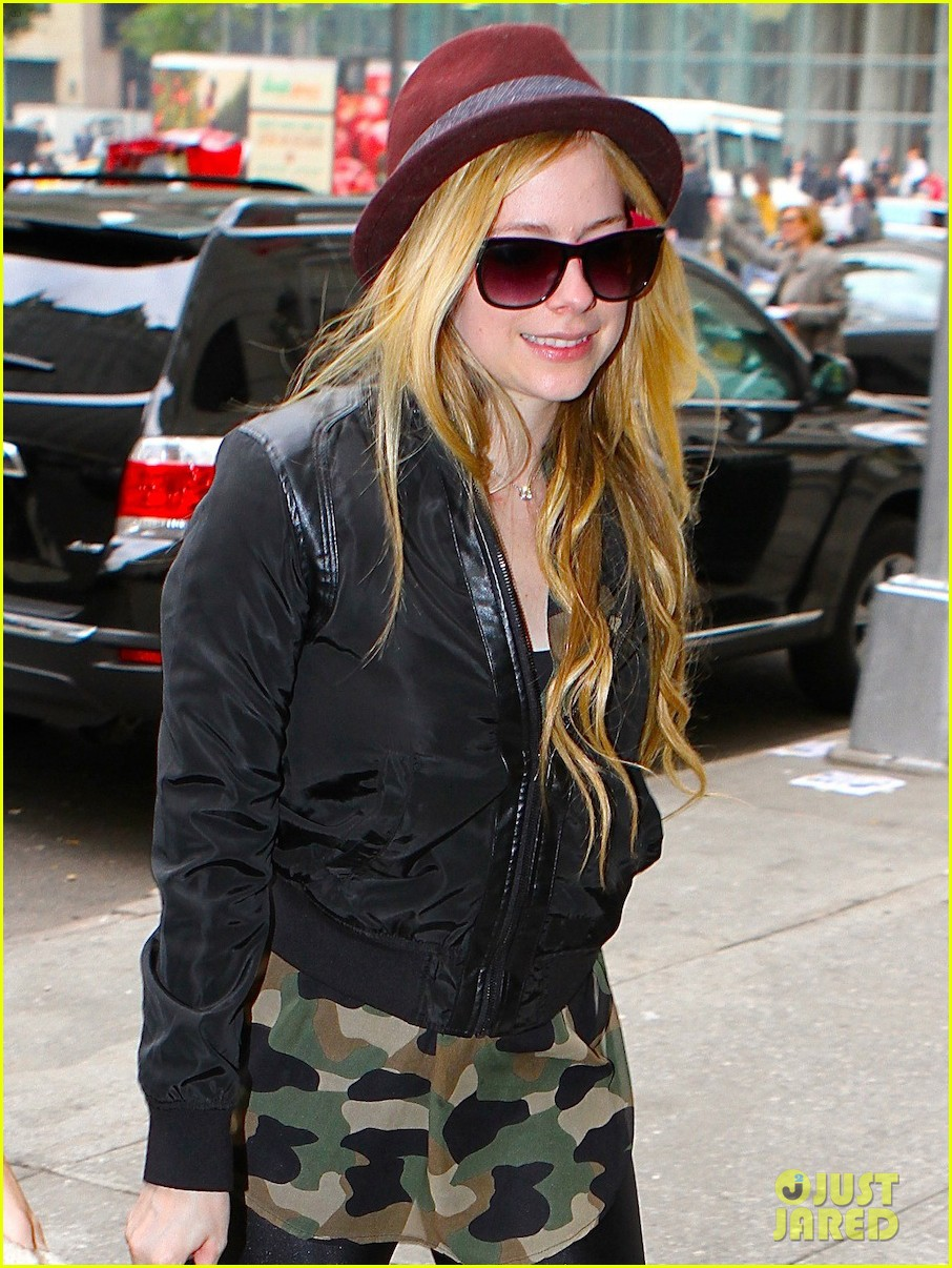 avril lavigne full itunes self titled album stream listen now 02