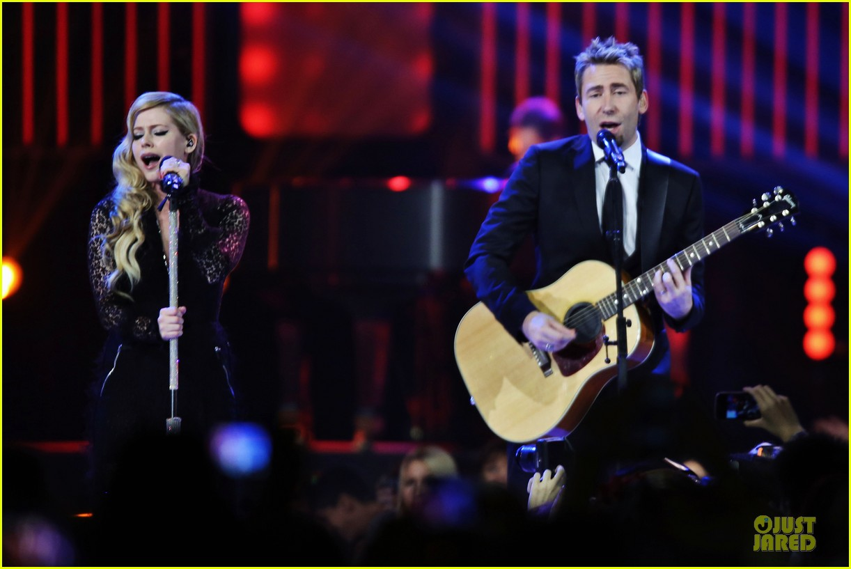 avril lavigne chad kroeger we day couple in vancouver 09