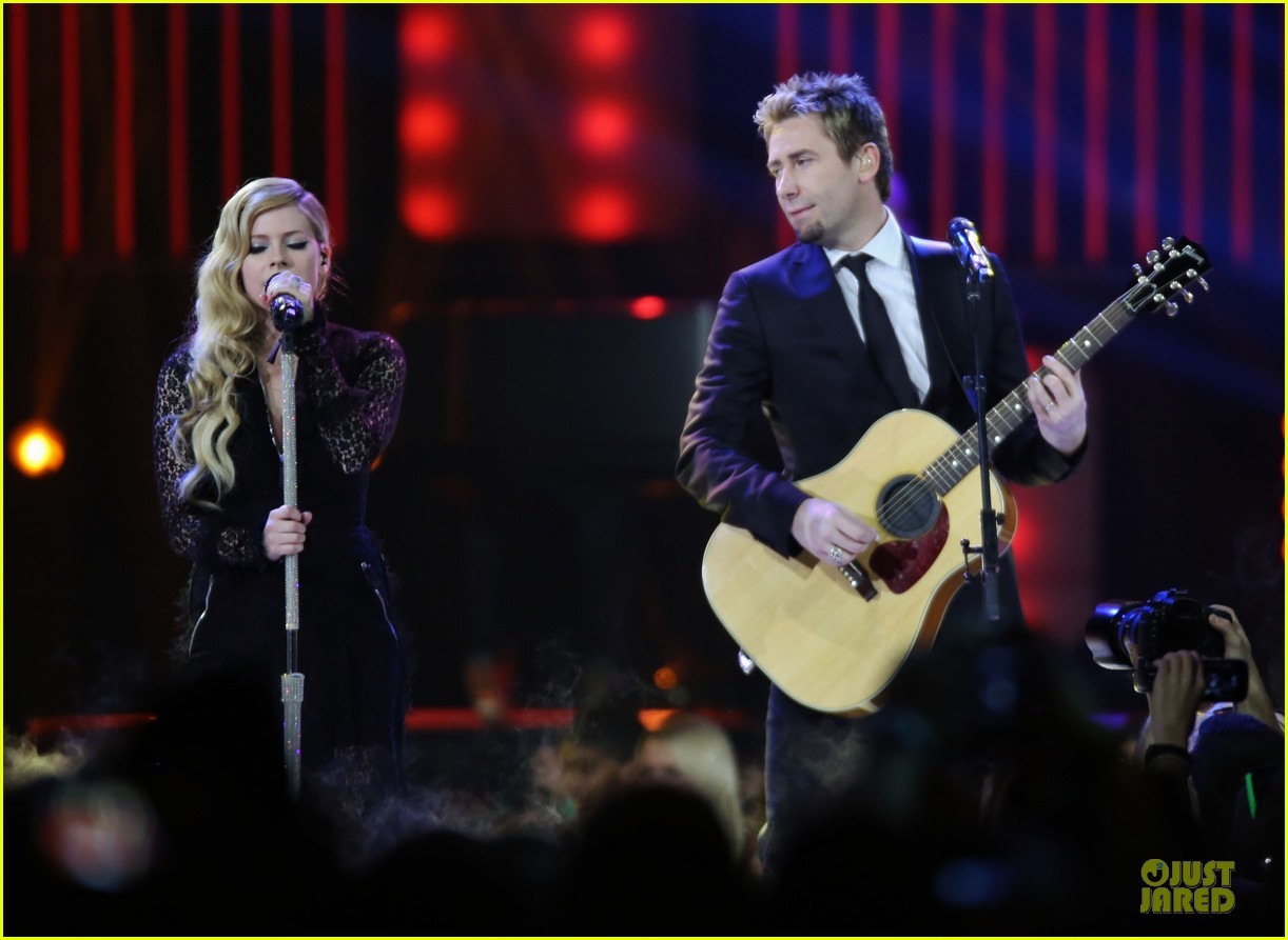 avril lavigne chad kroeger we day couple in vancouver 15