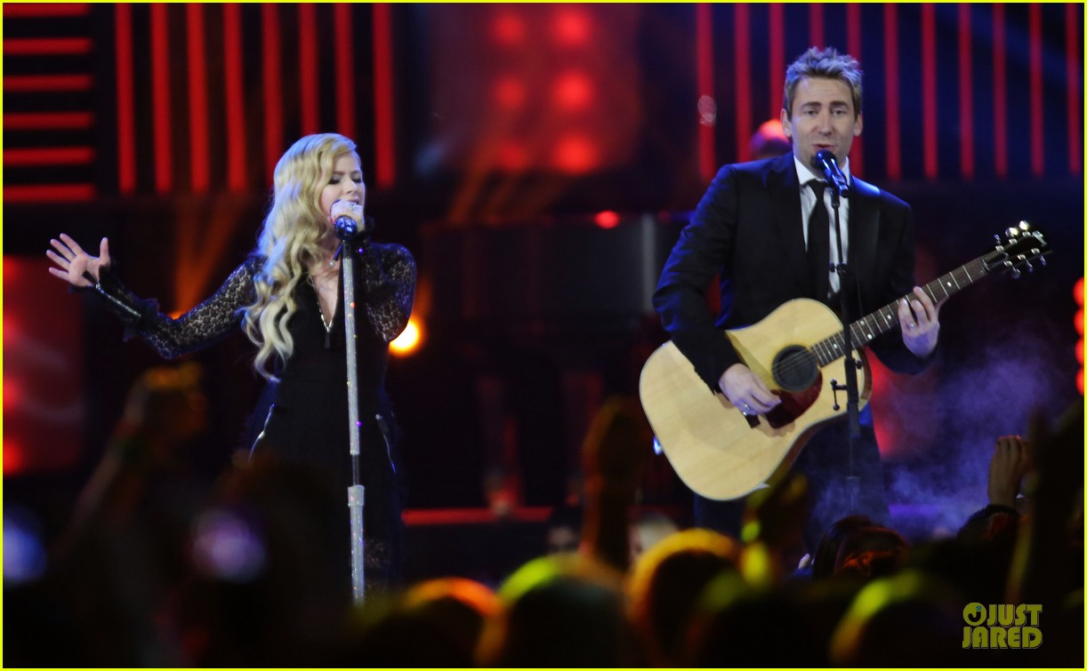 avril lavigne chad kroeger we day couple in vancouver 17