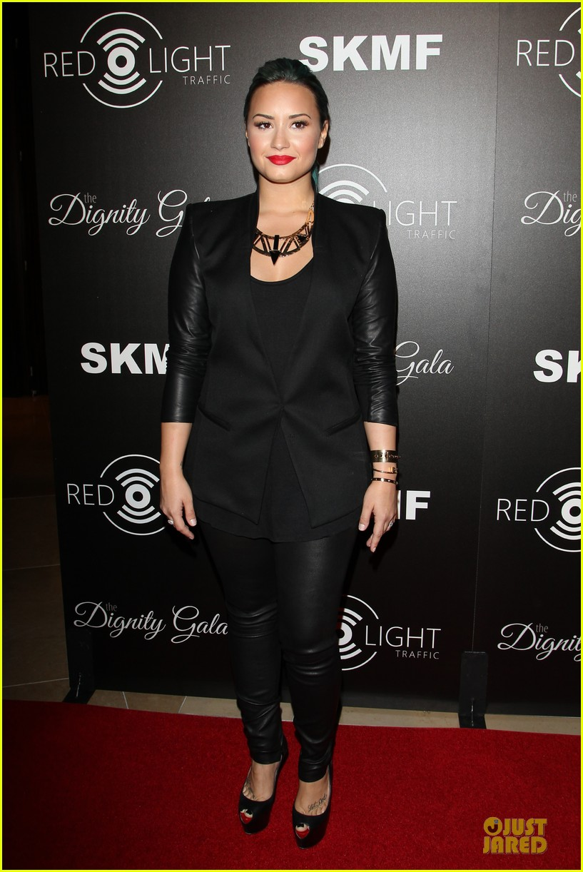 demi lovato redlight traffic app launch 07