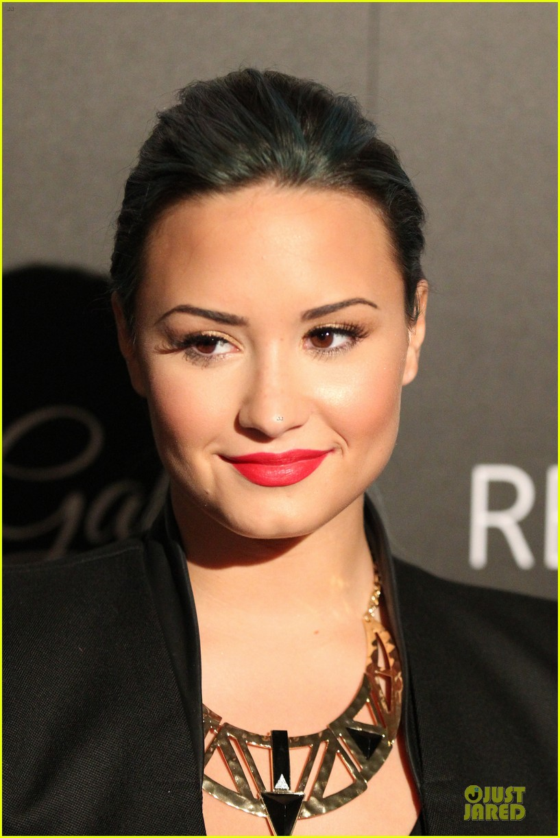 demi lovato redlight traffic app launch 082974772