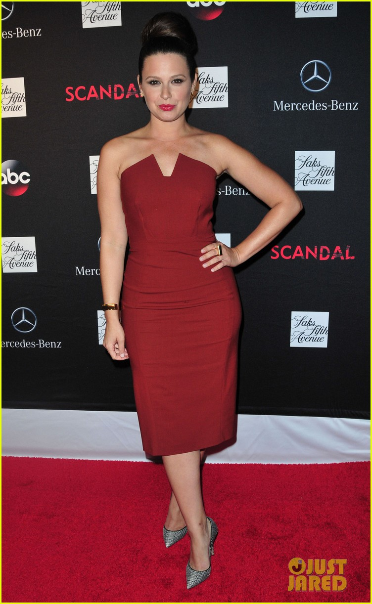 katie lowes darby stanchfield scandal season 3 premiere 082964878