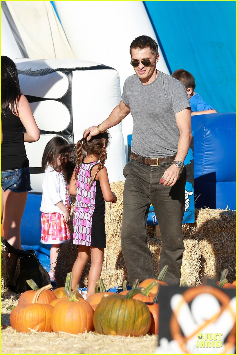 olivier martinez steps out after halle berry gave birth to son 262968120