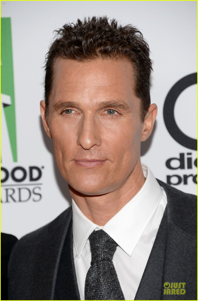matthew mcconaughey camila alves hollywood film awards 2013 022976612