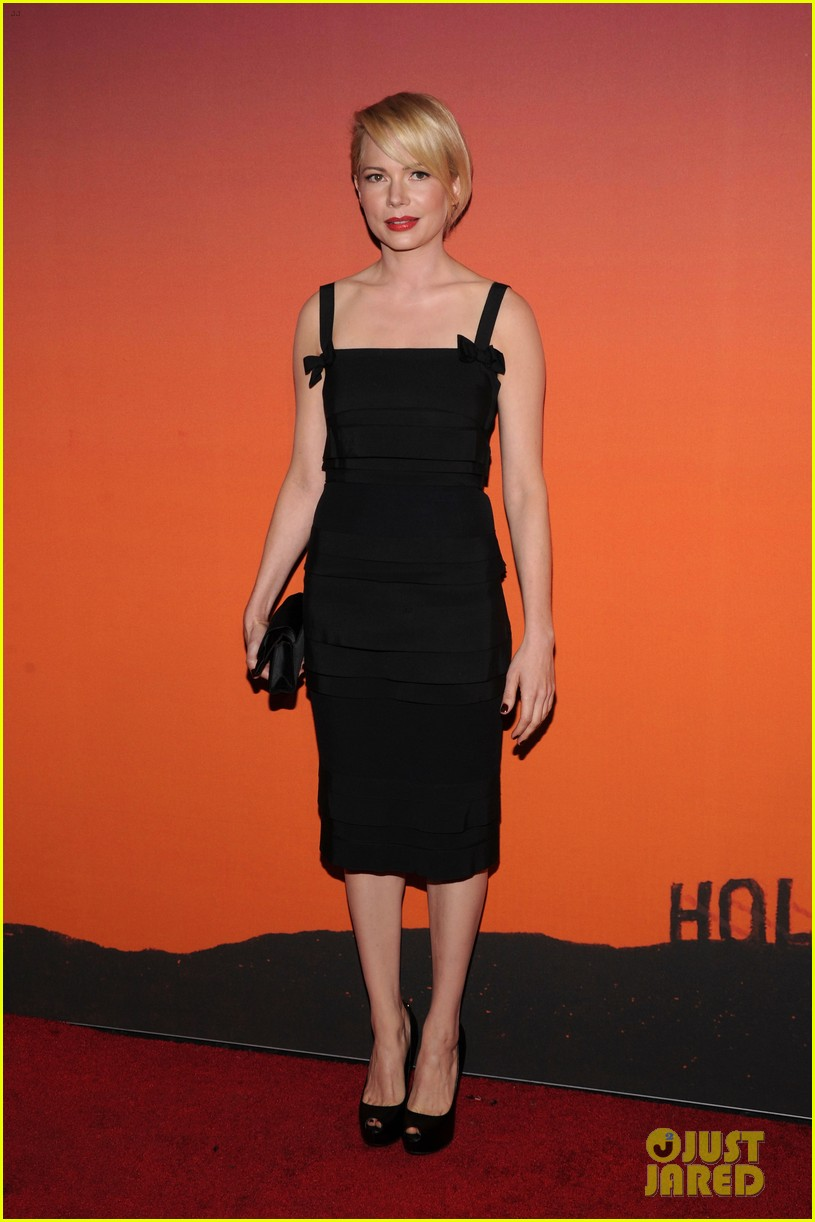michelle williams dianna agron whitney museum gala 2013 012978142