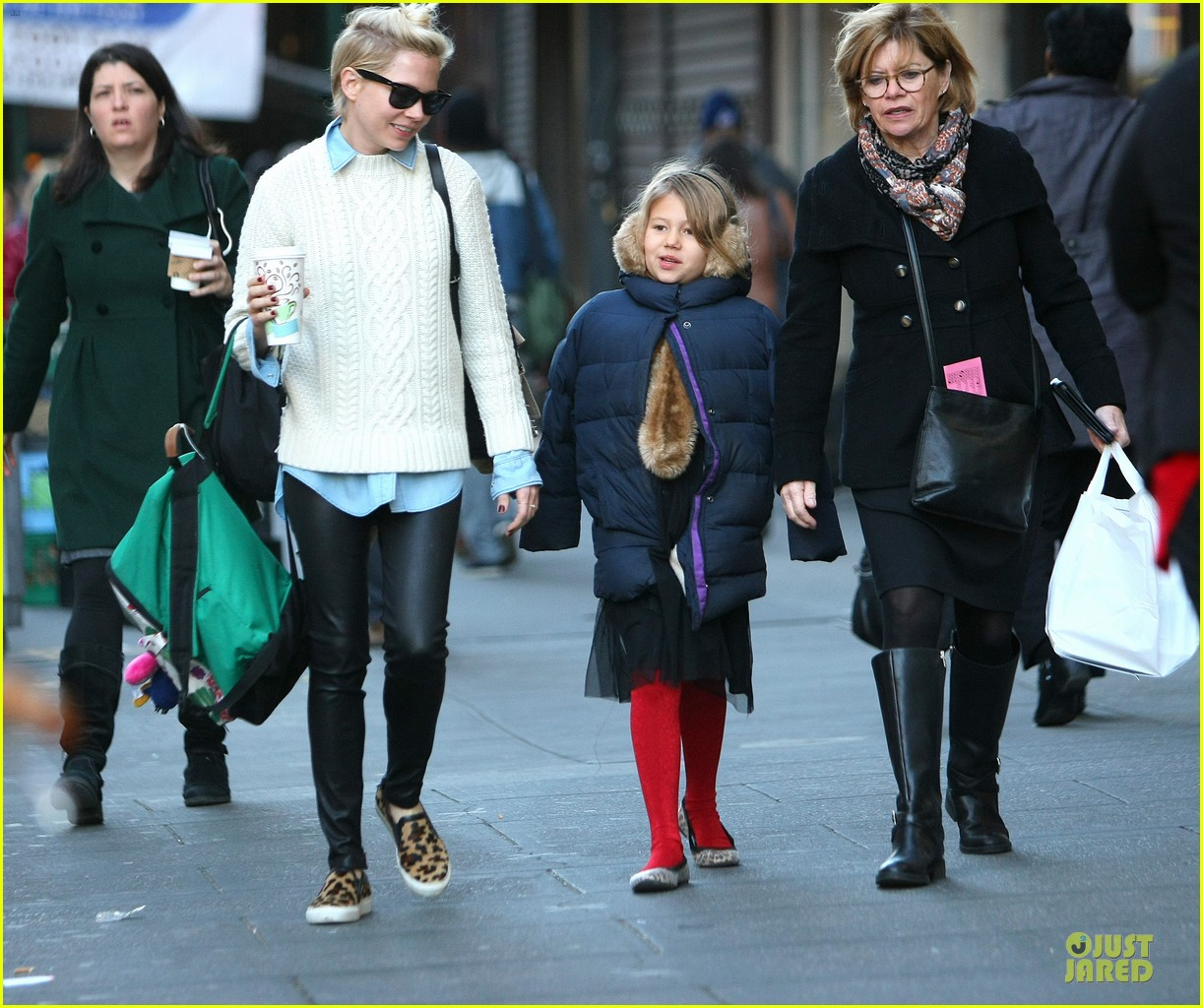 michelle williams happy 8th birthday matilda 09