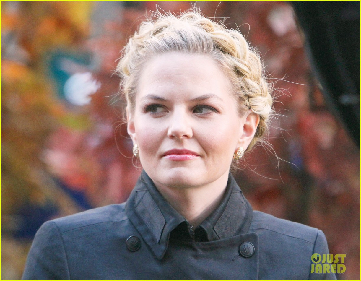 jennifer morrison promotes once upon a time in nyc 09