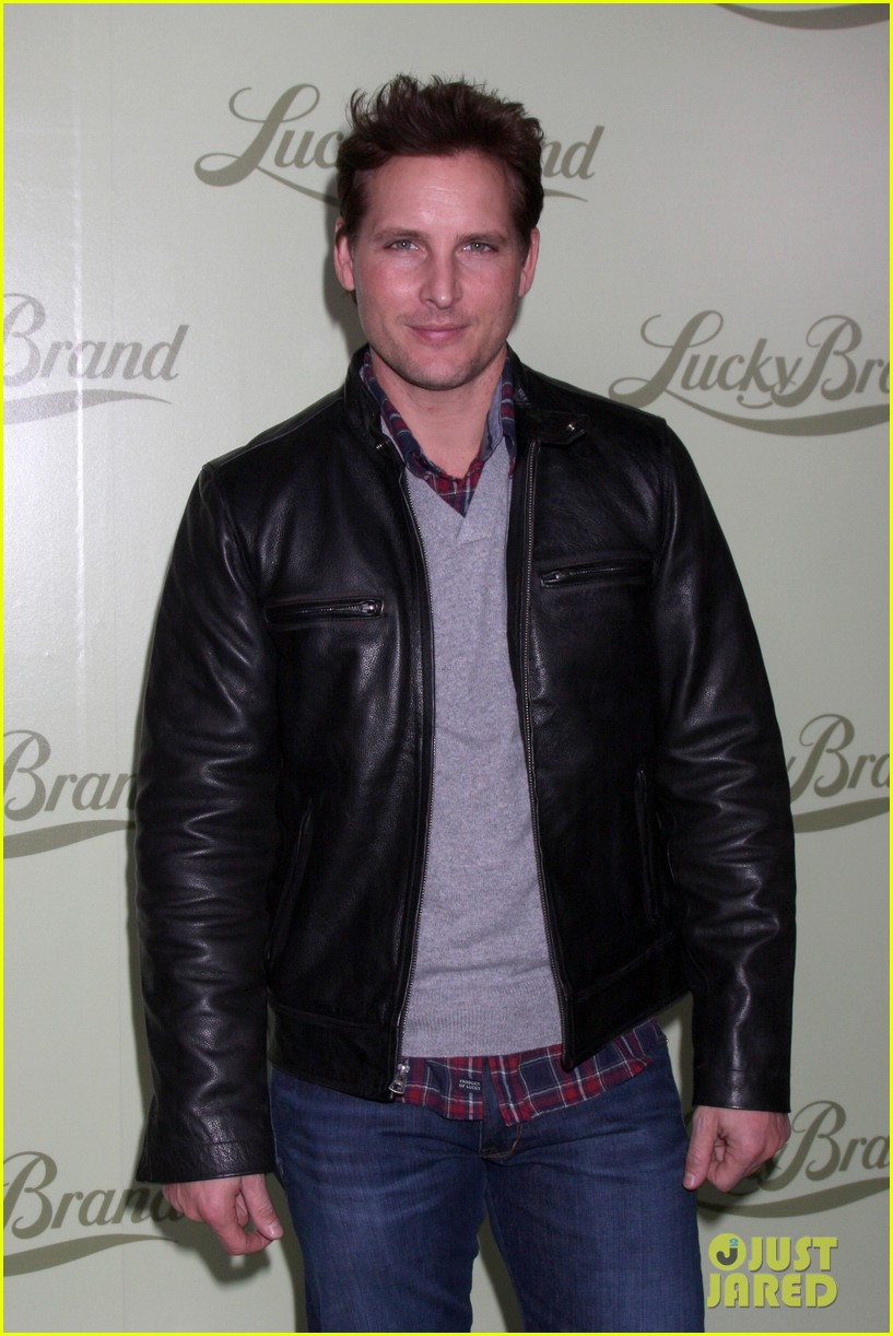 chad michael murray nicki whelan lucky brand store opening 112982840