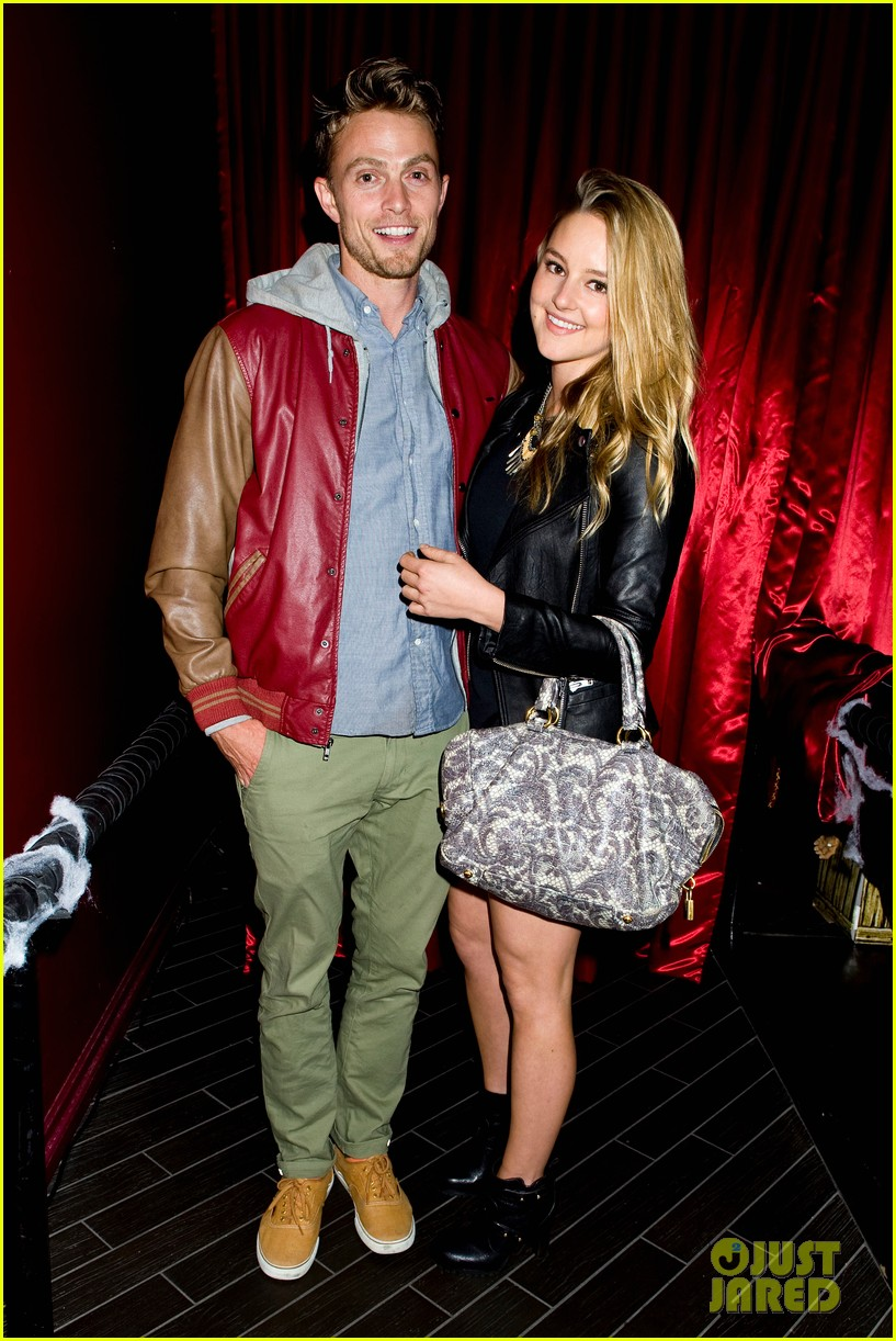 patrick schwarzenegger wilson bethel just jared halloween party 2013 01