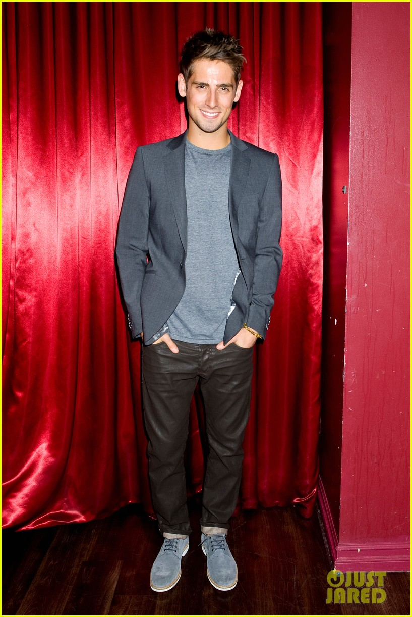 patrick schwarzenegger wilson bethel just jared halloween party 2013 10