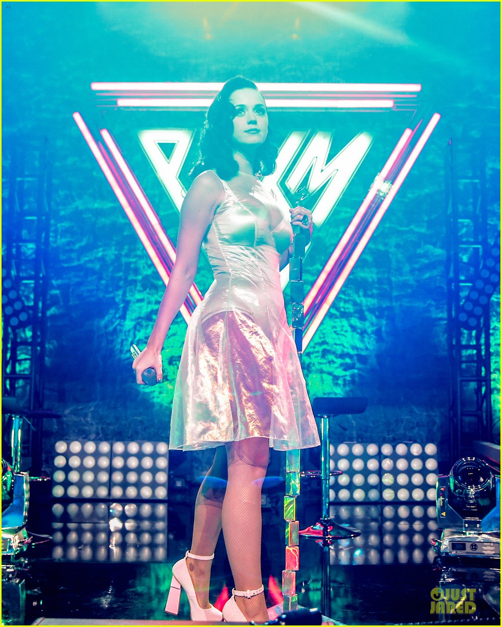 katy perry performs at iheartradio prism release party 012977418