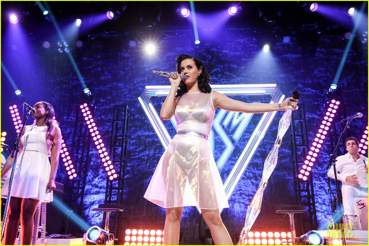 katy perry performs at iheartradio prism release party 11