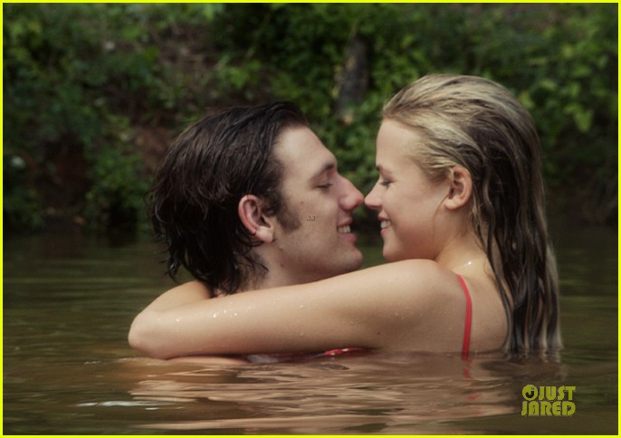 alex pettyfer gabriella wilde steam up endless love trailer 032973920
