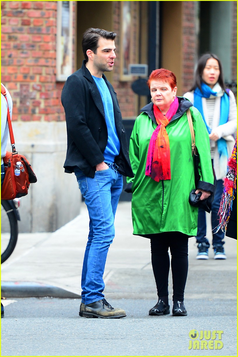 zachary quinto go see big fish on broadway 09