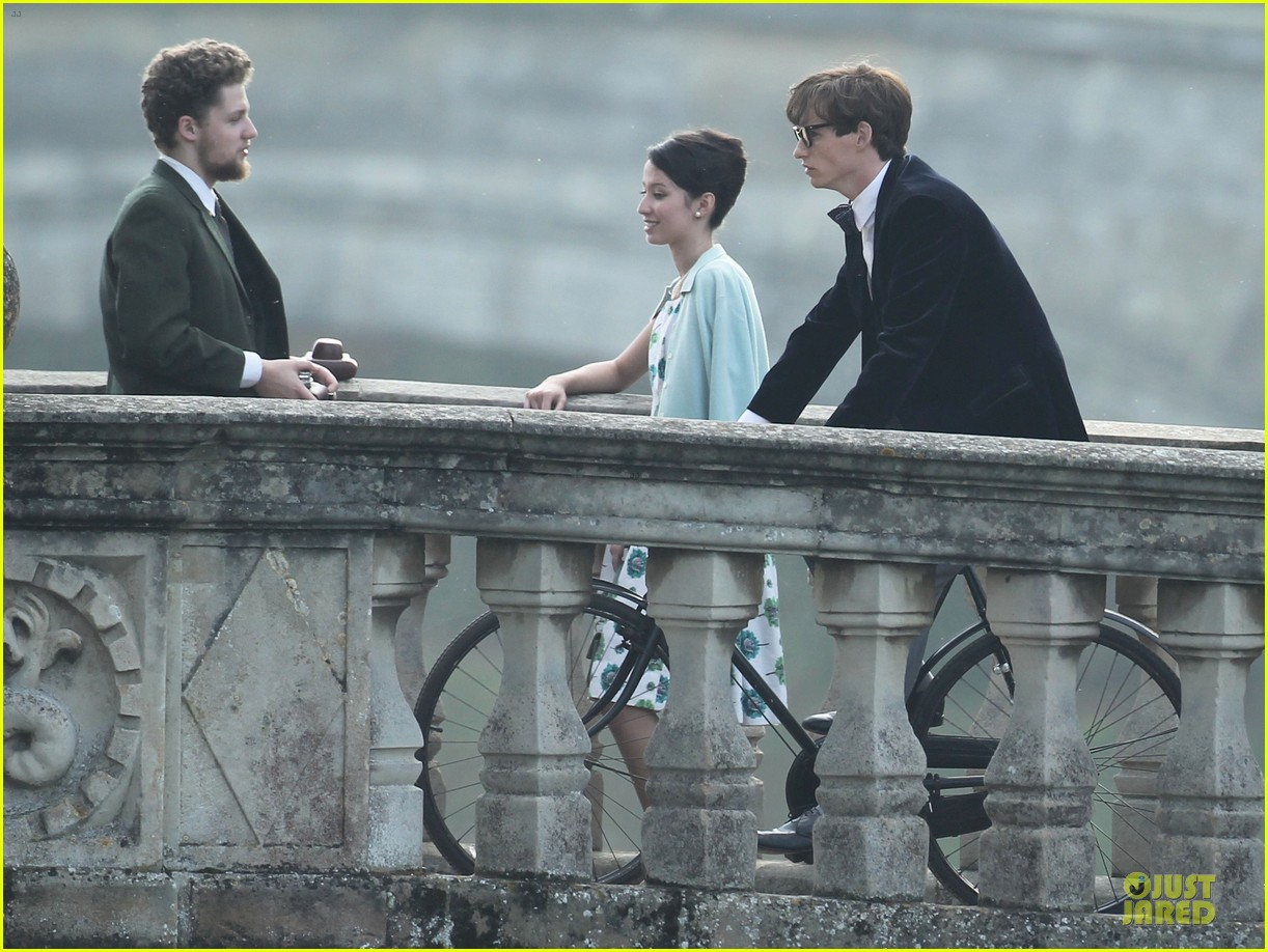 eddie redmayne felicity jones theory of everything set 172968039