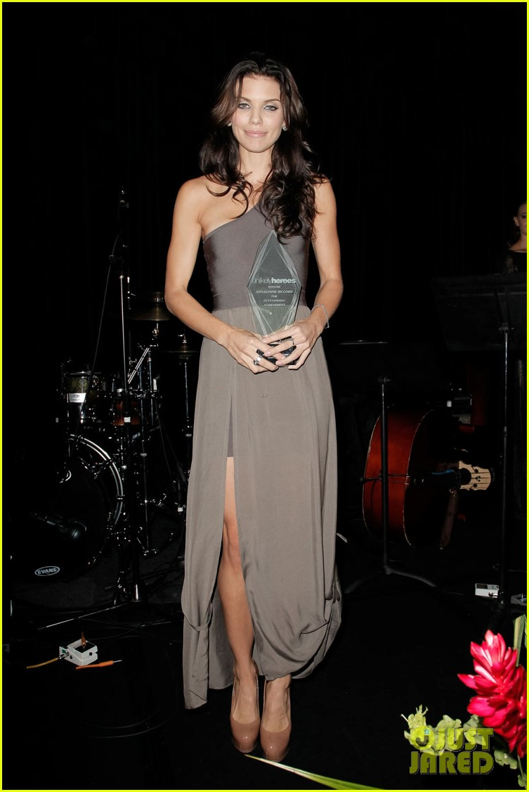 annalynn mccord nikki reed unlikely heroes recognizing heroes event 30