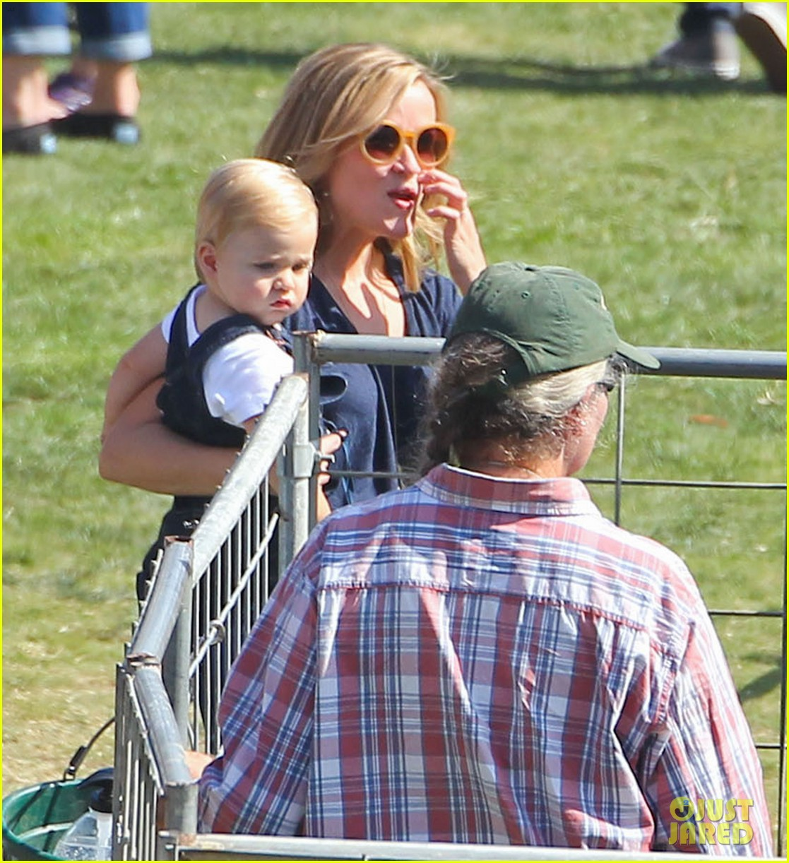 reese witherspoon jim toth brentwood corn festival 40