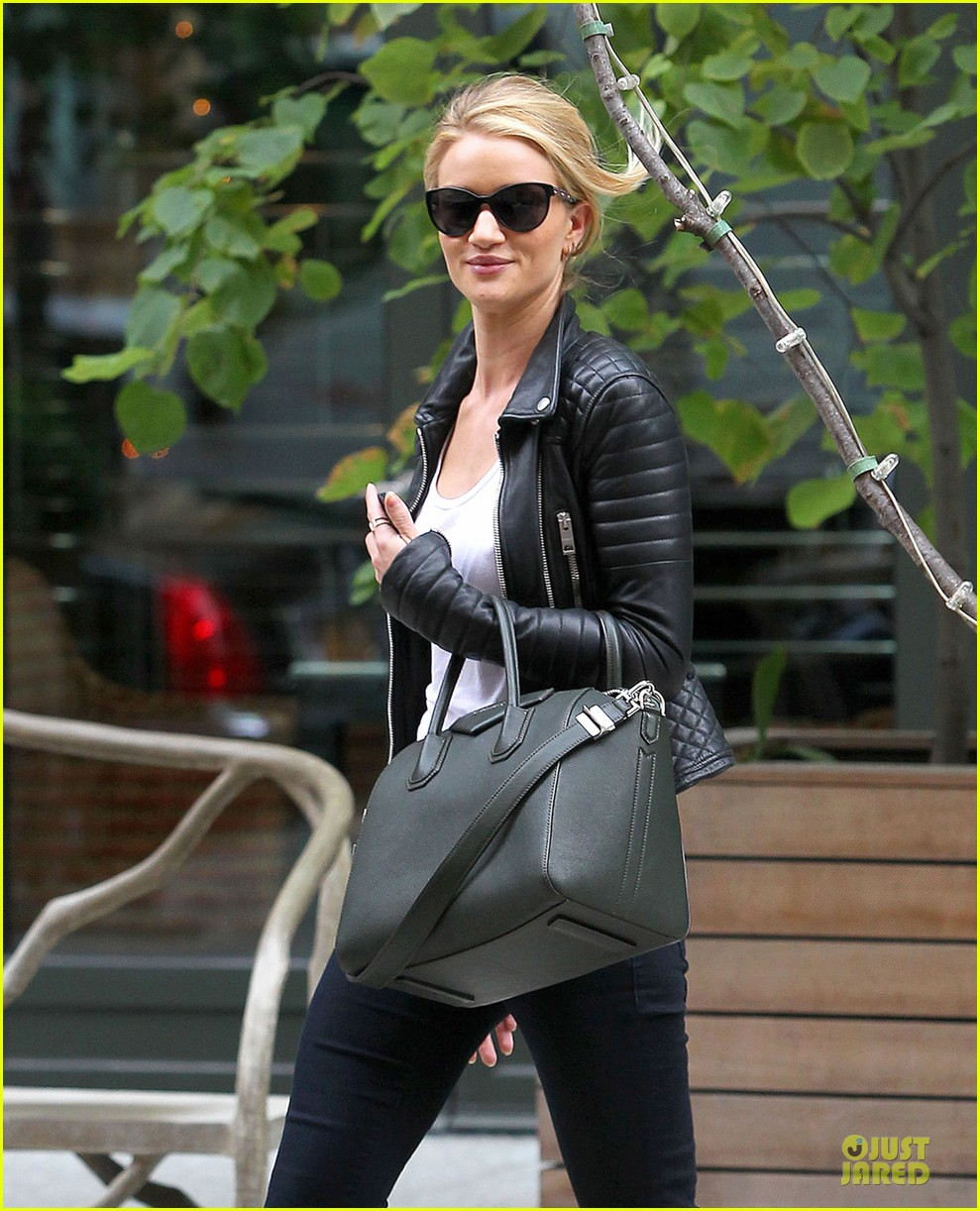 rosie huntington whiteley its expected for models to be real 04