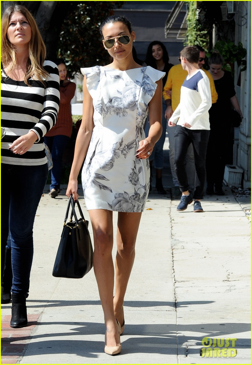 naya rivera goes wedding dress shopping with kevin mchale 242970806